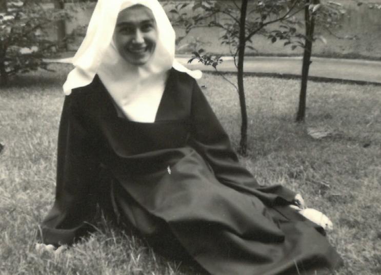 Mfp en religieuse vers 1970